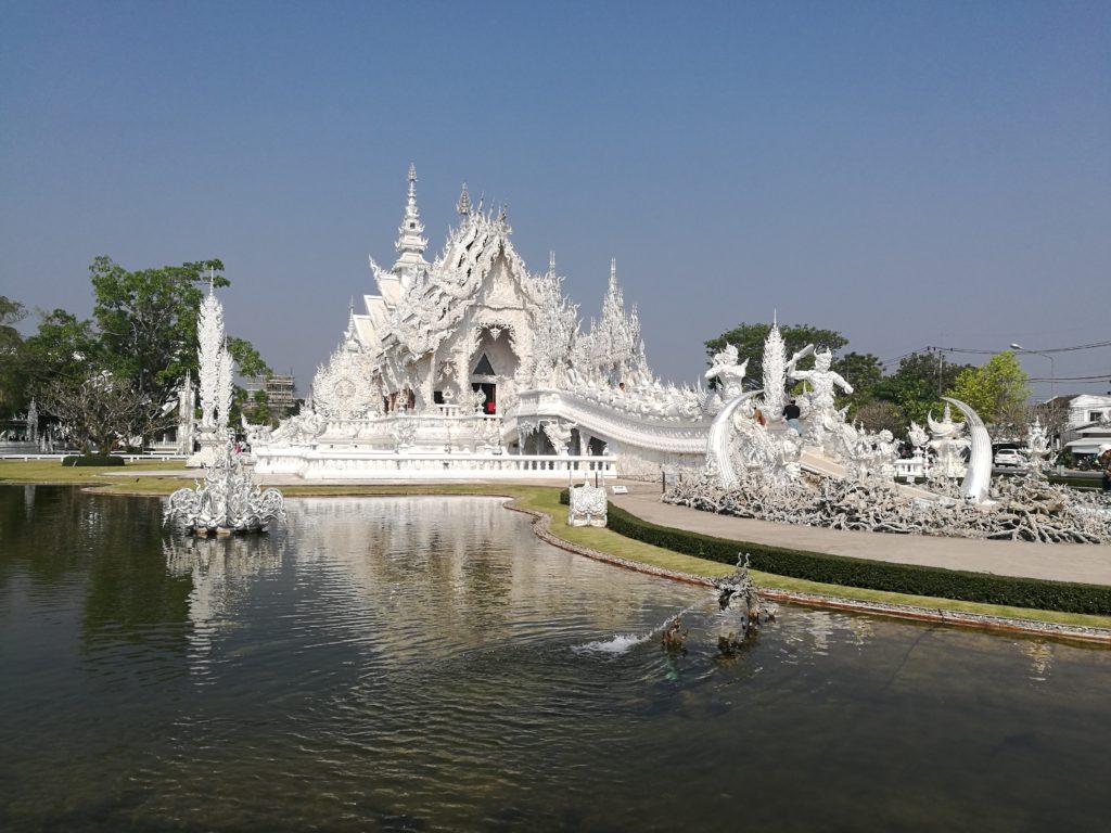 white_temple_chiang_rai